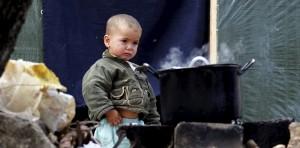 In syrische Flüchtlingslagern leben viele Kinder unter schlimmen Bedingungen (Bild: dpa)