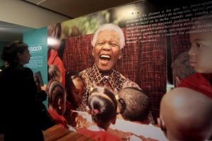Nelson Mandela, Südafrikas erster schwarzer Präsident (Bild: dpa)