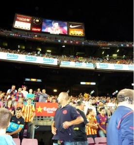 KINA - Zwischen Messi, Menschenmassen und Megafon