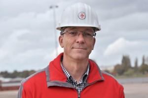 Das ist Holger Freese. Er ist Fachmann für Schiffbau. (Foto: dpa)