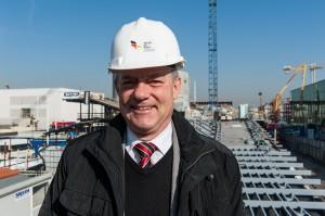 Dietmar Schmitz ist für den Pavillon von Deutschland verantwortlich. (Foto: dpa)