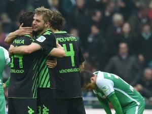 Die Spieler von Borussia Mönchengladbach freuten sich. Sie dürfen in der nächsten Saison sicher in der Champions League spielen. (Foto: dpa)