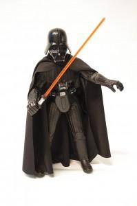 In den Star-Wars-Filmen treten oft Kämpfer wie Darth Vader mit ihren Laser-Schwertern gegeneinander an. (Foto: dpa)